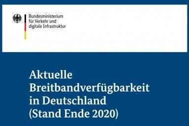 Das Bild zeigt das Cover des Kurzberichtes zur Breitbandverfügbarkeit mit Stand Ende 2020